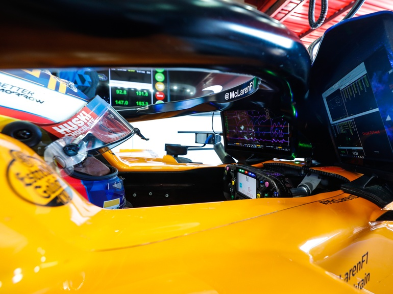 Digital dashboards are standardised in F1