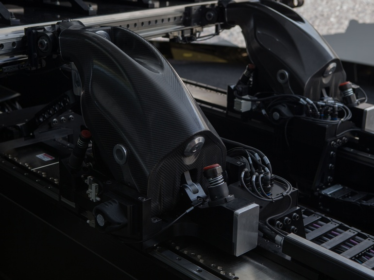 The Vehicle Dynamics Simulator's platform delivers outstanding dynamic response