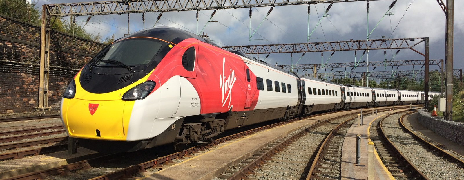 VIRGIN TRAINS WI-FI IMPROVED BY McLAREN APPLIED TECHNOLOGIES